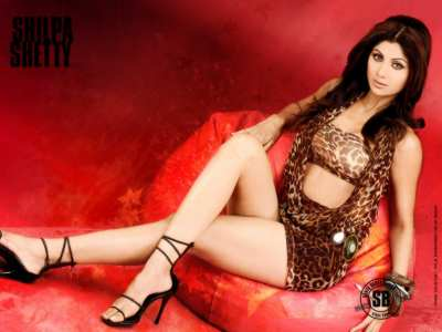 Shilpa Shetty's long sexy legs in leopard underwear bra